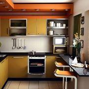 Una cucina attrezzata di piccole dimensioni