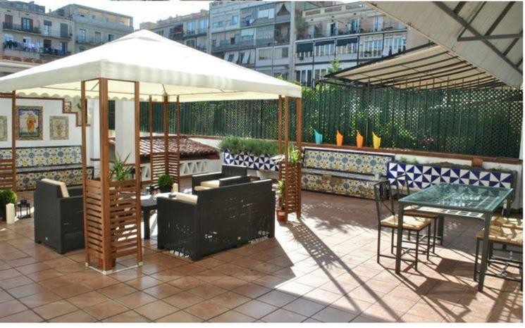 Come arredare terrazzo arredare casa arredamento balcone - Arredamento terrazzo esterno ...