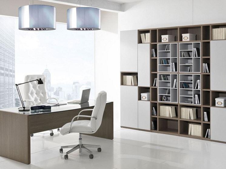 Studio in casa realizzato in una stanza