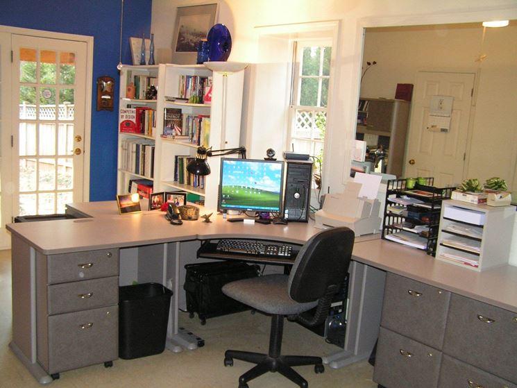 Organizzare Ufficio Vendite : Soggiorno con angolo ufficio