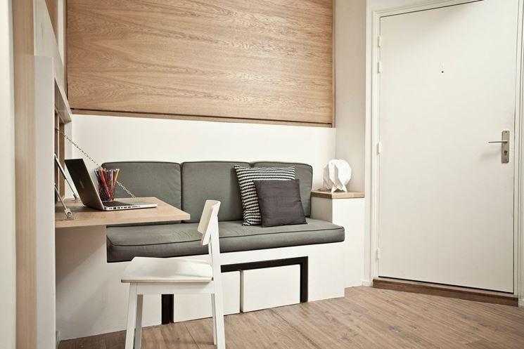 esempio di divano in muratura