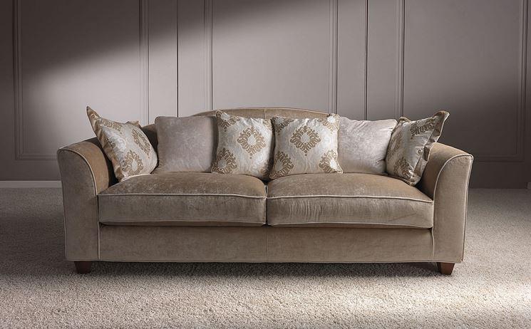 divano lineare classico