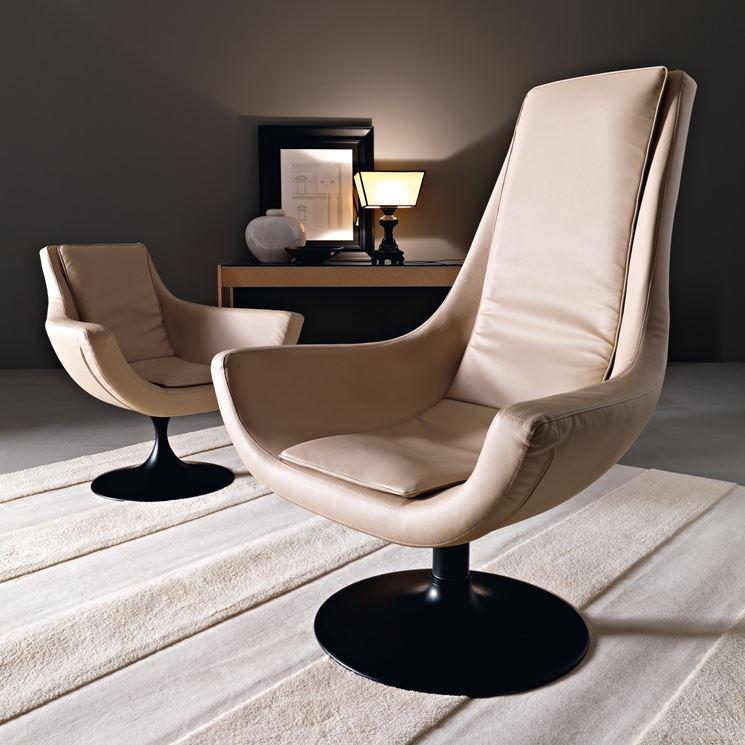 Poltrone girevoli divani e letti arredare con le for Poltrone e poltrone