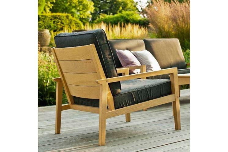 Poltrone in legno divani e letti modelli e consigli - Poltrone da giardino usate ...