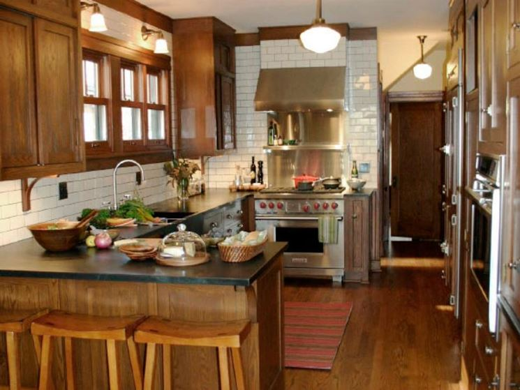 Cucina a penisola rustica