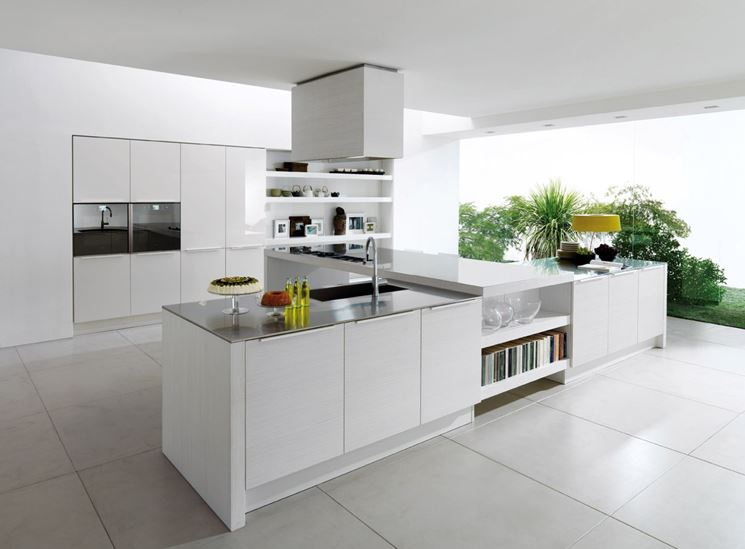Cucina minimalista ed essenziale
