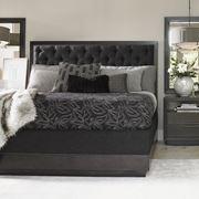 Camera con letto imbottito