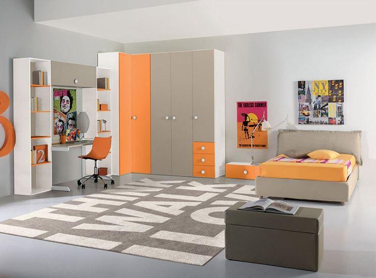 Moderno armadio ad angolo
