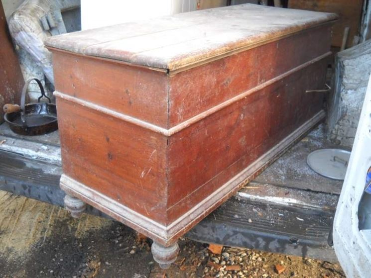 Come restaurare un mobile restauro mobili fai da te for Mobili vecchi da restaurare