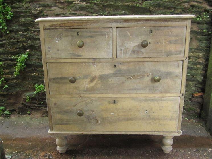 mobili vecchi da restaurare restauro mobili fai da te