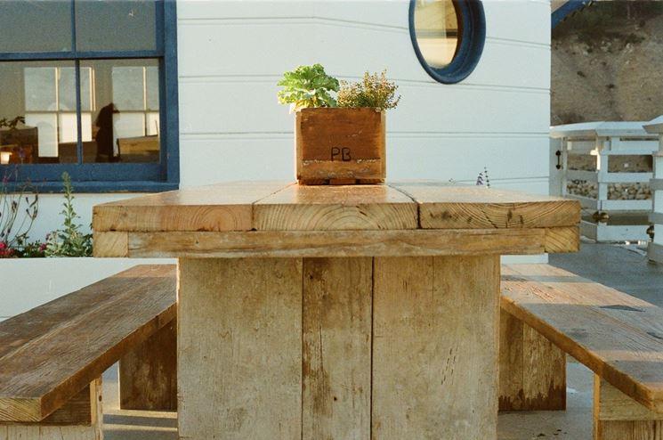 Costruire tavolo legno tavoli e sedie come costruire - Costruire tavolino ...