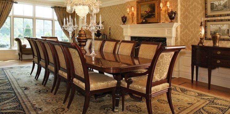 Tavolo da soggiorno classico