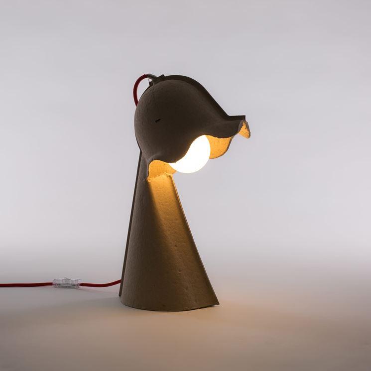 Lampada da tavolo design tavoli e sedie modelli di - Lampada da tavolo di design ...