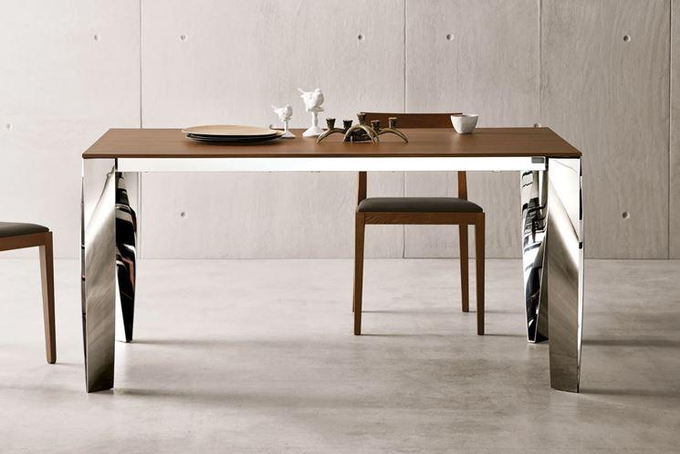 Tavoli in legno moderni tavoli e sedie modelli di for Tavoli in legno moderni