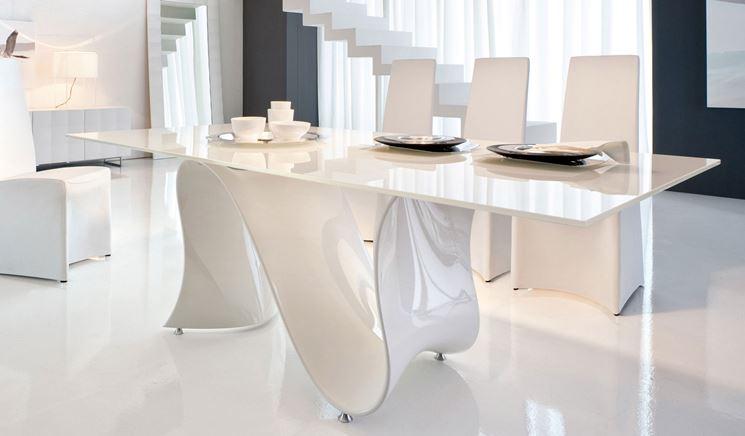 Tavolo da pranzo in vetro