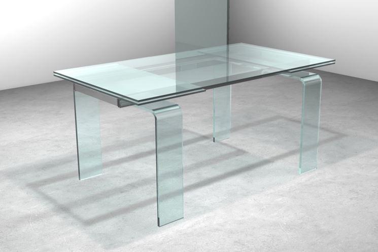Tavolo in vetro allungabile