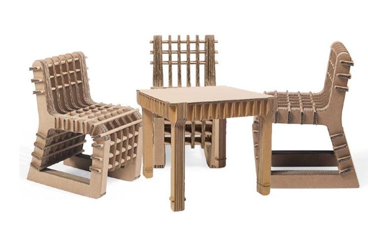 Tavolino per bambini in cartone