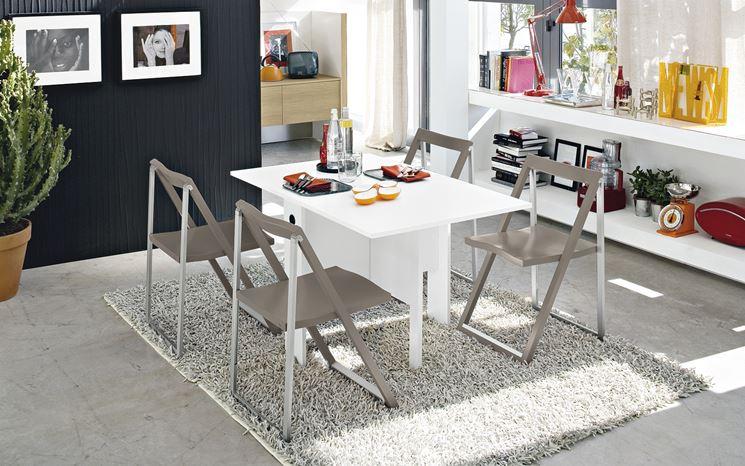 Tavolo pieghevole tavoli e sedie tavolo pieghevole for Tavolo calligaris usato
