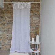 Leggere tende di lino