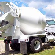 Una betoniera autocaricante