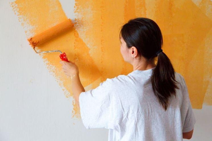 Ritinteggiatura di una parete