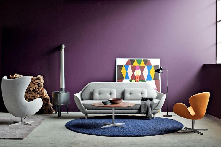 soggiorno con colori forti