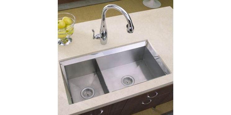 Lavabo di cucina tradizionale