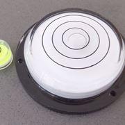 Un modello di livella sferica