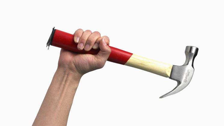 Uso proprio del martello