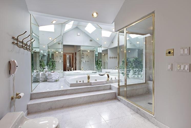 Bagni di lusso arredo bagno arredo bagno for Arredamento lussuoso