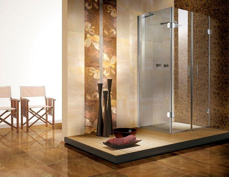 Bagno con doccia elegante