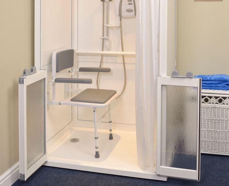 Box doccia per disabili arredo bagno for Arredo bagno per disabili