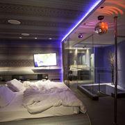 Cabina doccia multifunzione in camera