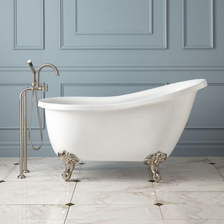 La vasca da bagno arredo bagno modelli e consigli per scegliere la vasca da bagno - Stucco per vasca da bagno ...