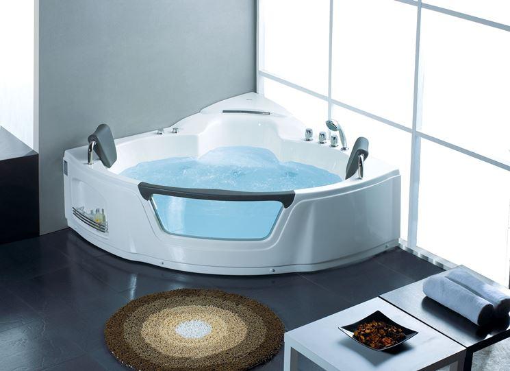 Vasca idromassaggio moderna