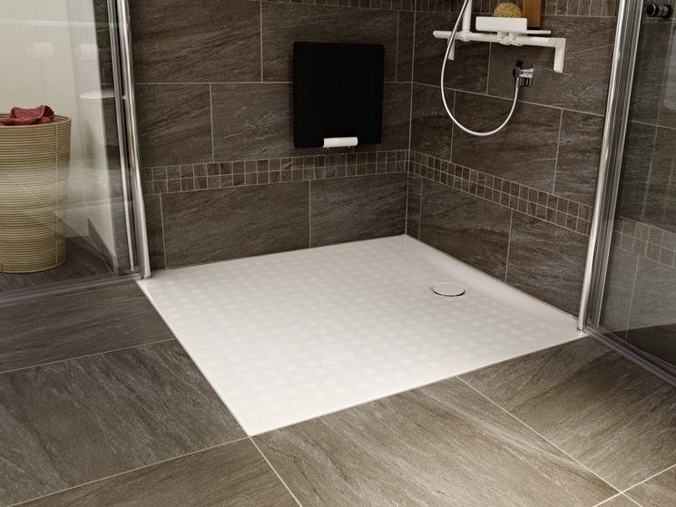 Piatti doccia filo pavimento arredo bagno arredo bagno - Piatto doccia a filo pavimento svantaggi ...
