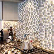 Esempio mosaico a parete