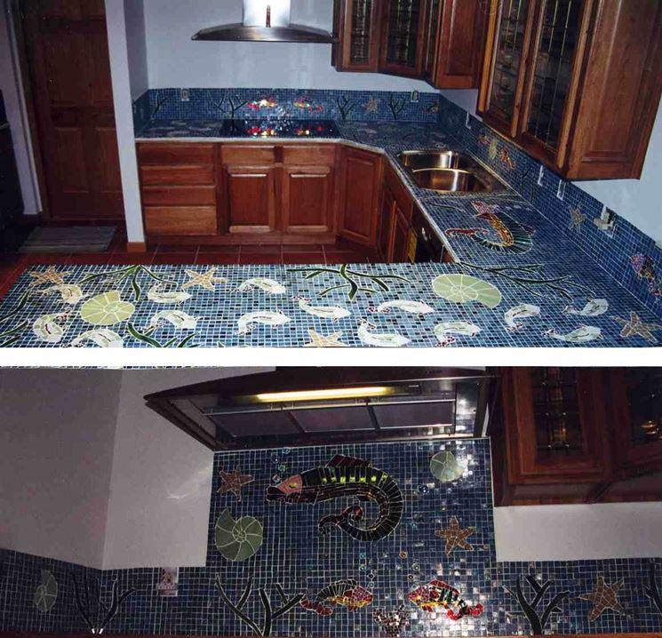 Mosaici per cucine cucina mobili - Top cucina mosaico ...