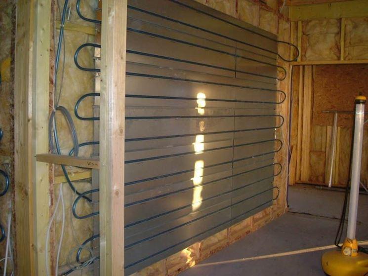Installazione sistema di riscaldamento a parete
