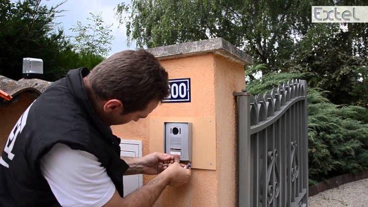 Installazione di un videocitofono senza fili