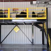 Piccolo soppalco per garage