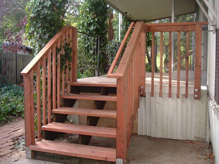 Corrimano in legno scale interne materiale corrimano - Corrimano scale interne ...