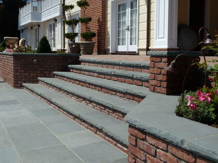 Scale in muratura e mattoni