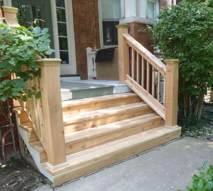 scala in legno da esterno