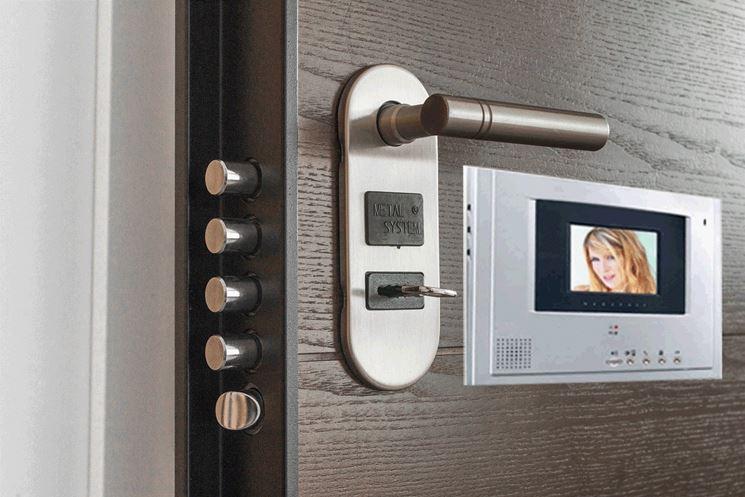 Porta di sicurezza con videocitofono