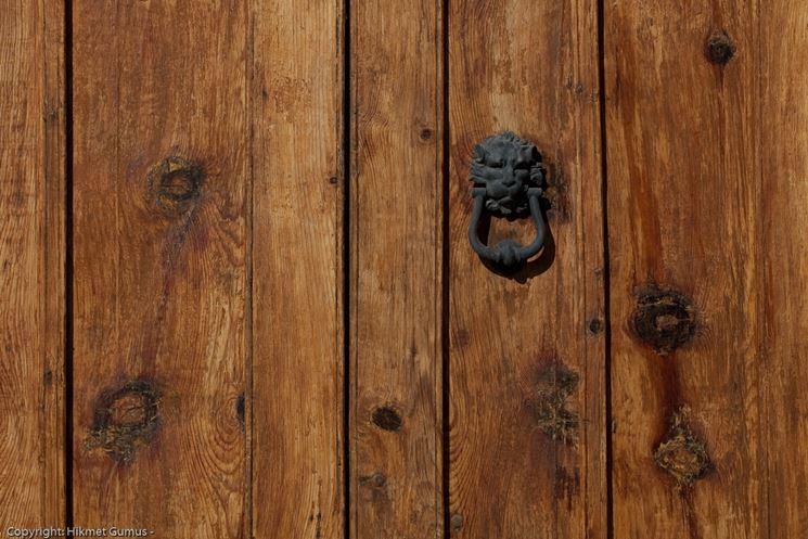 Porta in legno decorativa