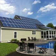 Tetto ricoperto da pannelli fotovoltaici