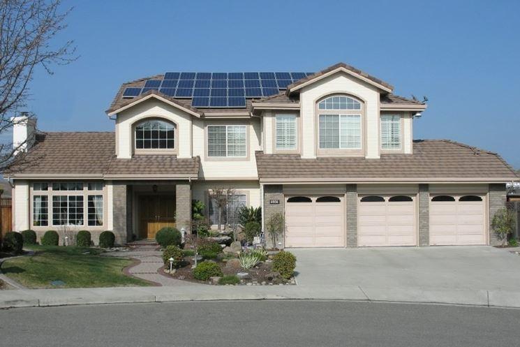 Impianto a pannelli fotovoltaici