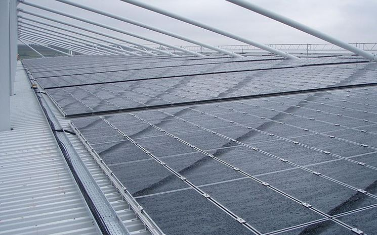 Tetto con fotovoltaico innovativo integrato