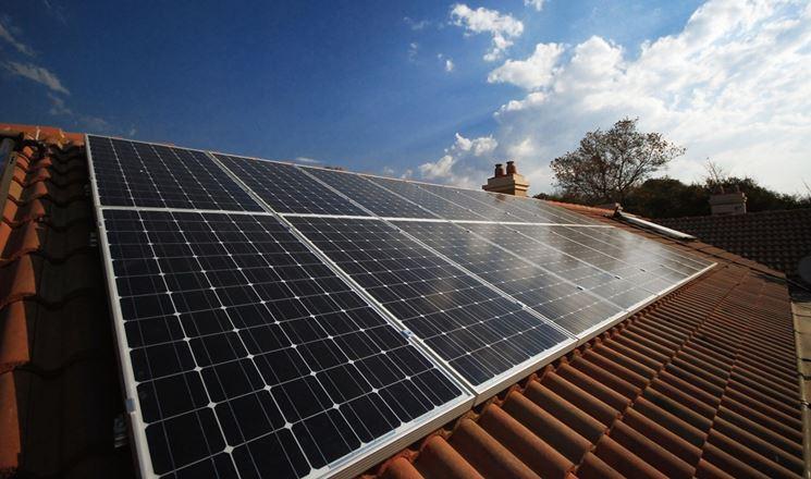 Tetto domestico con fotovoltaico